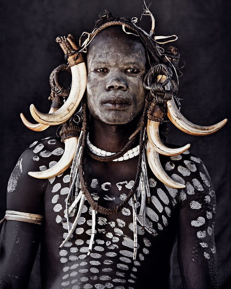 WAB_JIMMY_NELSON_BEFORE_THEY_PASS_AWAY_LIMITED_EDITION_COLLECTORS_XXL_BOX_IMAGE_MURSI_TRIBESMAN_800